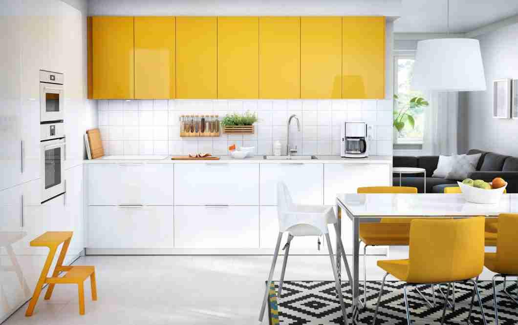 厨房户型比较小,用哪个颜色的橱柜比较好